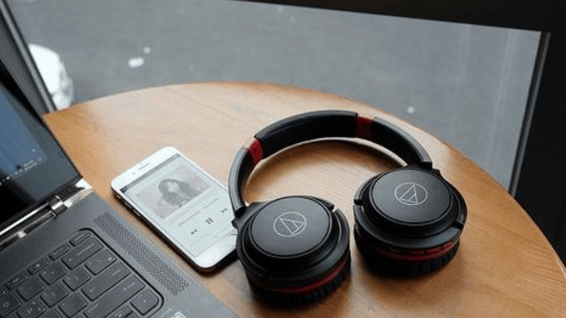 headphones for students