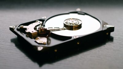 Hard Disk Drive - HDD